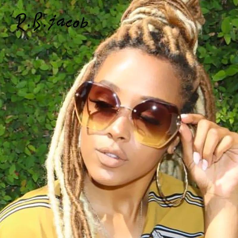 2017 New Fashion Sunglasses Women Top Quality Cool Trend Female Sun Glasses Vintage UV400 Plus Size Hot de sol Gafas Oculos Hot