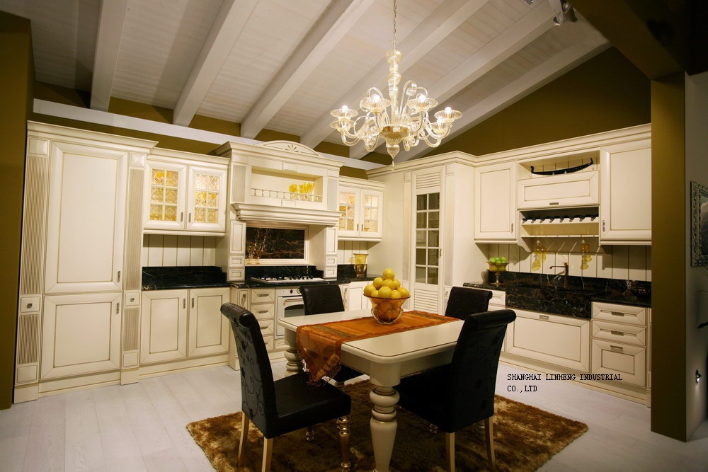 Classical Glaze White Kitchen Cabinets(LH-SW071)