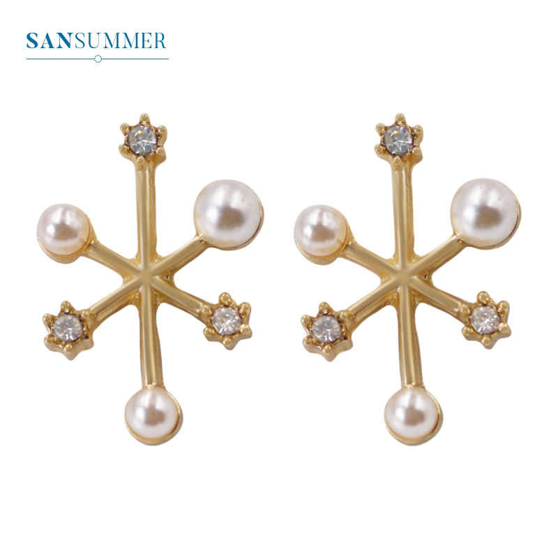 Sansummer 2019 New Hot Fashion Pearl Rhinestone Snowflake Girl Stud Earrings For Women Golden Bohemia Jewelry 5096