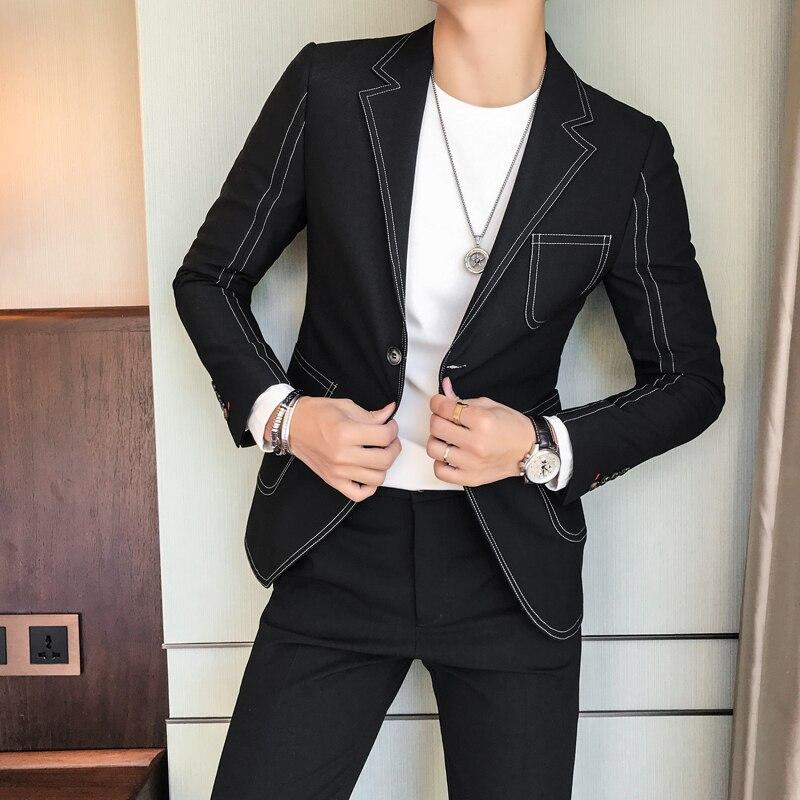 Индивидуальная вышивка мужской корейской версии Тонкий случайный британский стилист волос небольшой костюм прилив мальчик ночь красивый ...