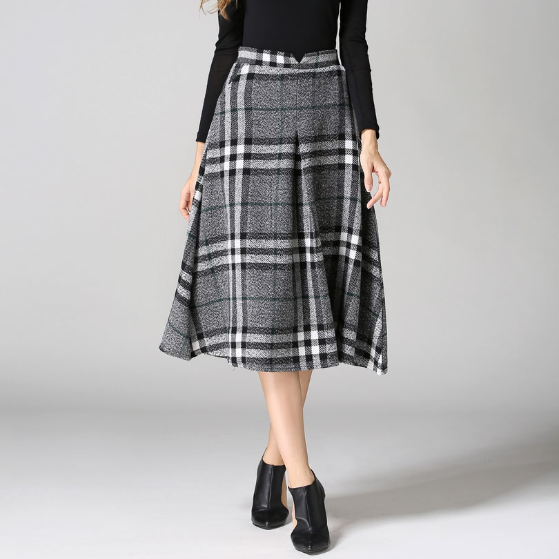 Creative Burberry Skirt For Women As Branded Wear To Work By Fashion Designer