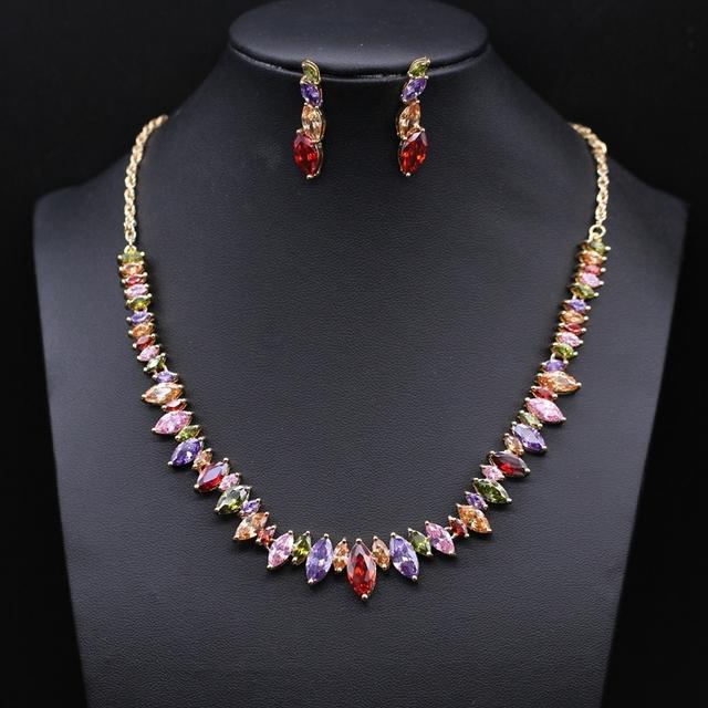 Joyería de la boda Noble fija oro / platino plateado colorido AAA Cubic Zircon collar pendientes establecidas