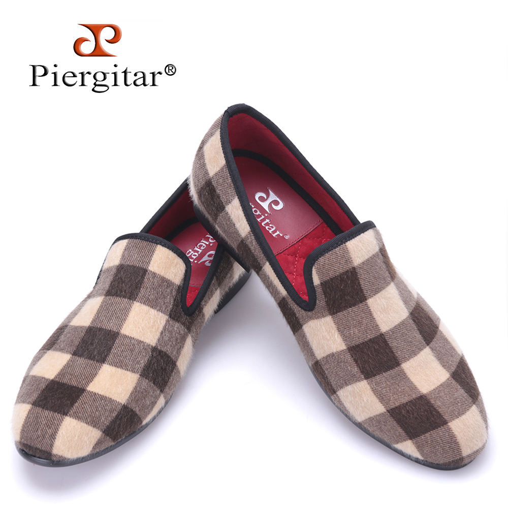 Piergitar new design Mixed color Plaid pattern velvet shoes Fashion party and wedding men dress shoes handmade plus size loafers fashion rabbit and grass pattern 10cm width wacky tie for men
