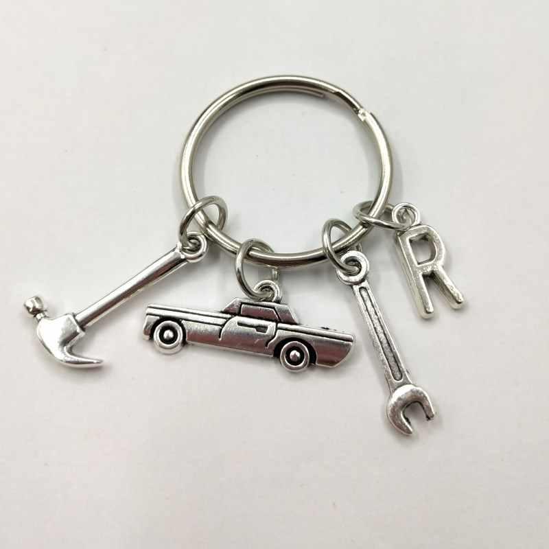 Mecânico Pai Chaveiro Keychain Inicial do Dia dos Pais Presente carta A-Z Keychain Caminhão Caminhão Caminhão Do Carro Anel Chave Do Presente Do Amante