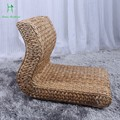 A cana-de-compõe única palha madeira um pufe preguiçoso o homem não tem uma janela onda da perna da cadeira cadeira cadeira tatami