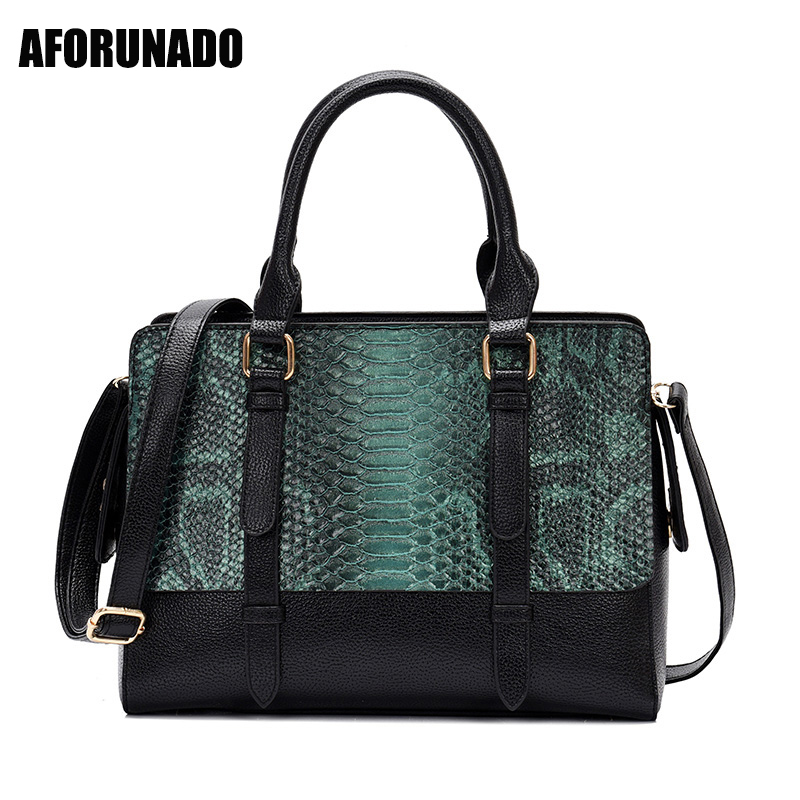 Luxury Serpentine Pattern Hand Bags Fashion Big Women Bags Designer Totes For Women 2019 PU Leather Crossbody Bags Sac A MainLuxury Serpentine Pattern Hand Bags Fashion Big Women Bags Designer Totes For Women 2019 PU Leather Crossbody Bags Sac A Main