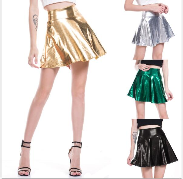 c4c179298 Falda de cuero de imitación Color caramelo plisada falda de PU Sexy mujeres  Elegan evita la rodilla Mini falda 7 colores