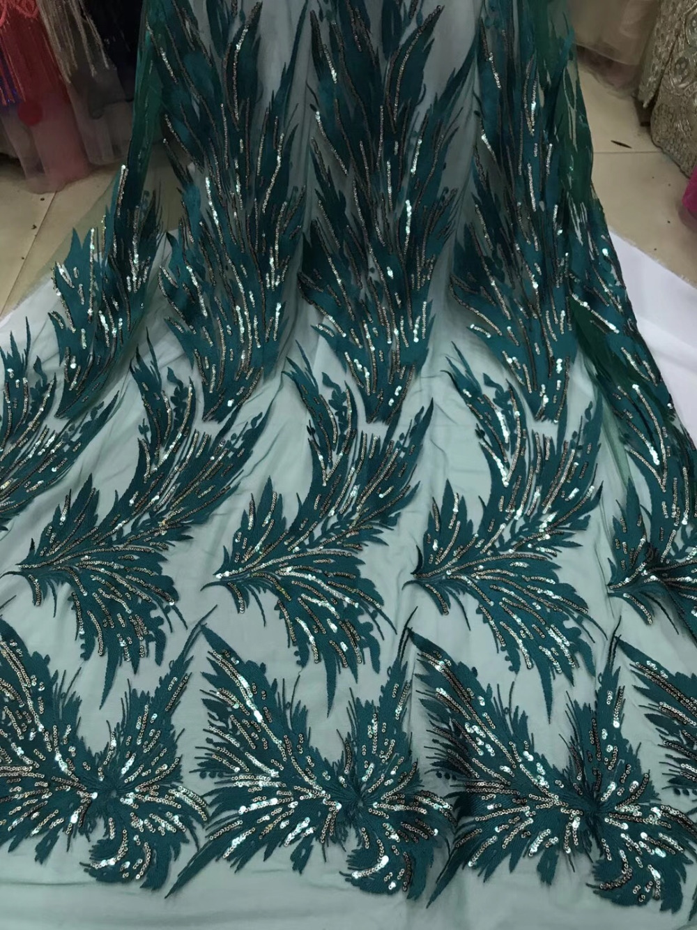 Popular Nigerian 2018 High Quality African Fabric Lace French Lace Sequined Embroidery Green Color Lowest Price