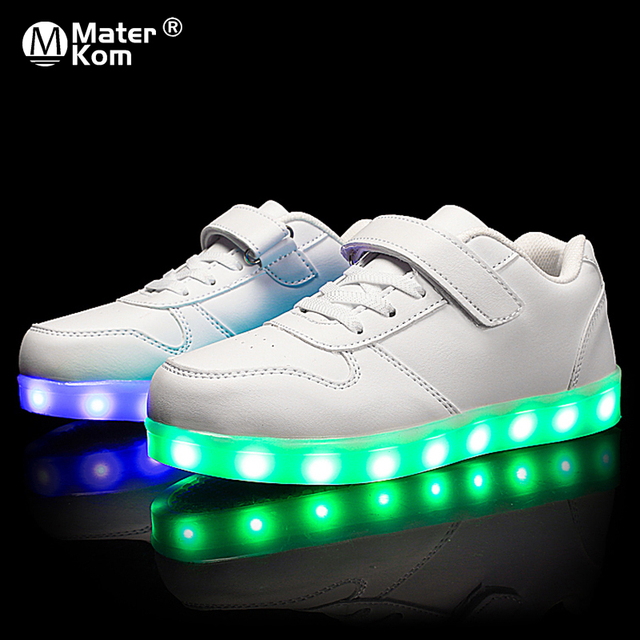 גודל 25 37 ילדי Led נעלי זוהר סניקרס ילד Krasovki עם תאורה אחורית USB אור עד נעלי סניקרס הזוהר עבור בני בנות