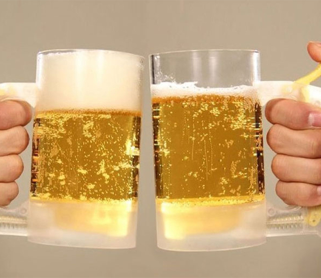 Bar Atmosphere Beer Bubble Foaming Mug 1pcs Hour Friendly Beer Foam Maker Frothing Cup Beer Glass Party Supplies Beer Foamer Mug 1