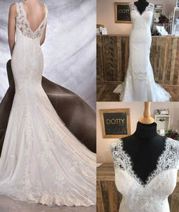 Fit and Flare Wedding Dresses French Lace and Satin Bride Gowns Sexy V Neckline and Back with Mermaid Brush Train