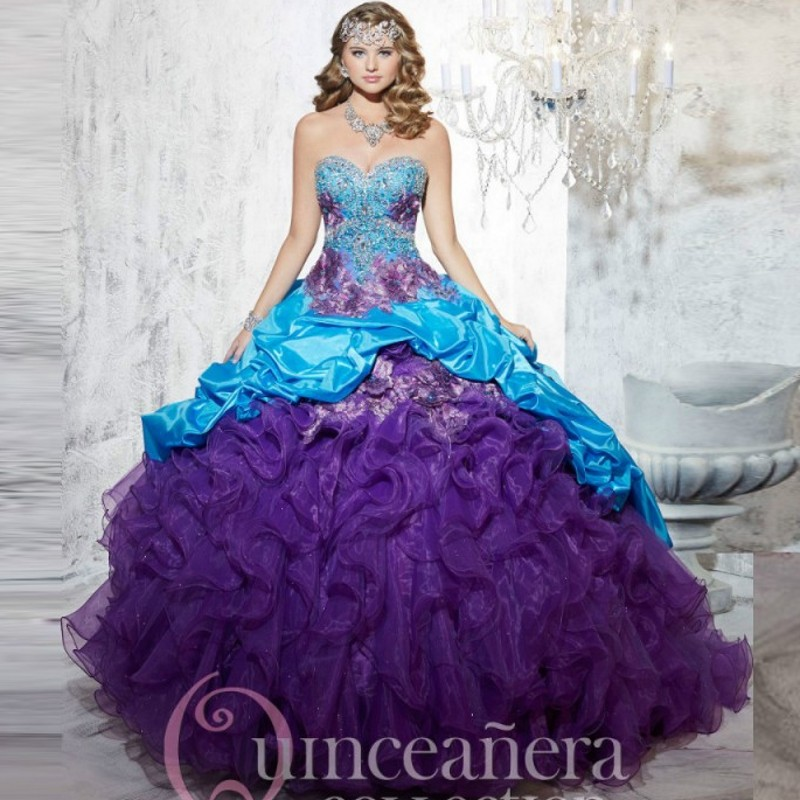 0521dae891 2017 Two tone Embroidery Appliques Quinceanera Dresses Pick Up Taffeta  Beading Masquerade Dress Vestido 15 Sweet 16 Ball Gowns-in Quinceanera  Dresses from ...