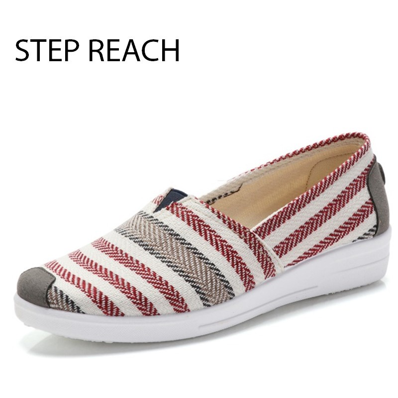 цены Fashion New Cotton Canvas Women Flat Shoes Women's Flats Womens Casual Lazy Shoes Spring Summer Loafers Plus size 35-40