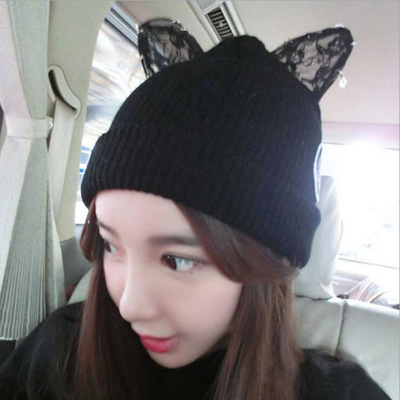 2017 Hat with Cat Ears Cute Winter Warm Knit Wool Cap Rhinestone Devil Horn Fashionable Beanies Female Hats Winter Hat Women футболка toy machine devil cat navy