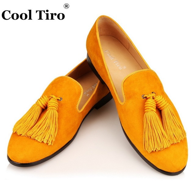 76978cc513b4c Cool Tiro Gold Suede Tassels Loafers Men's Moccasins Slippers Smoking Man  Flats Men's Dress Shoes Genuine Leather Casual Shoes