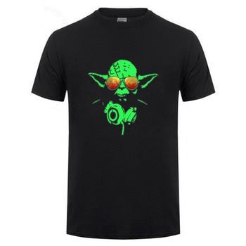 Dj star wars yoda Jedi Master Headphones red Glasses Man Star Wars T-shirt 100% Cotton Short Sleeve Summer Tee Shirt 2018