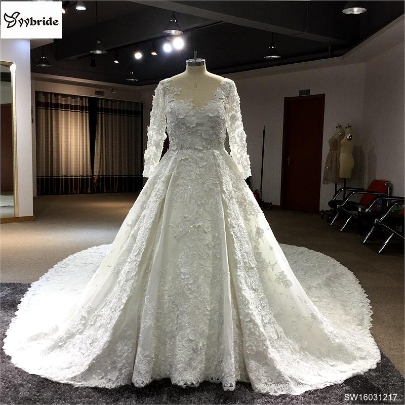 b849faf23 الملكي القطار الرباط فساتين الزفاف 2016 رومانسية يزين الدانتيل فساتين  العروس مع الثقيلة الديكور طويلة الأكمام