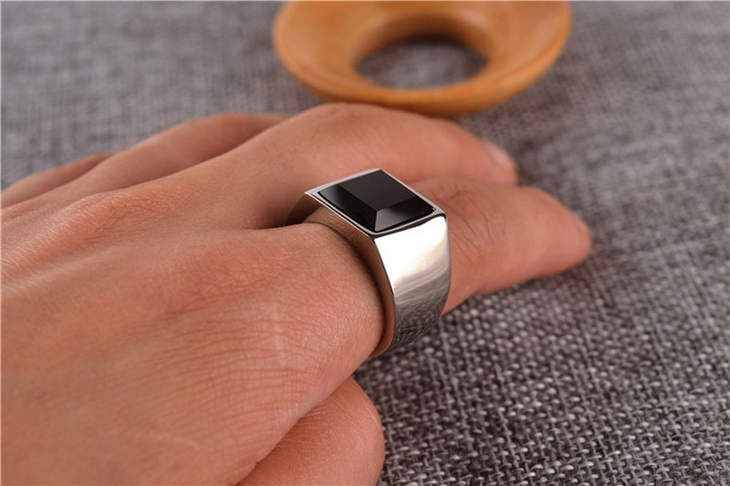 Bezel Square Black Onyx Stone Signet Ring Men In Stainless Steel Simple Brief Style Silver/ Gold Color Cool Fashion Mens Jewelry