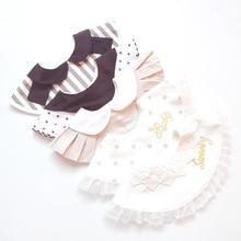 Детский хлопковый слюнявчик в японском стиле; кружевное слюнявчик принцессы с имитацией воротника и вышивкой; плиссированные Слюнявчики; Одежда для ухода за ребенком