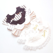 Japanese Style Baby Round Cotton Bib Princess Lace Saliva Towel Fake Collar embroidery Pleated Burp Cloths Infant Care Use
