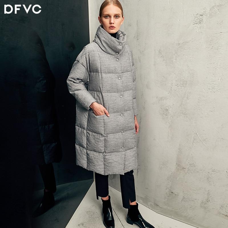 2017 moda inverno allentato bozzolo del ricamo lungo piumino femminile piumino bianco dolcevita caldo
