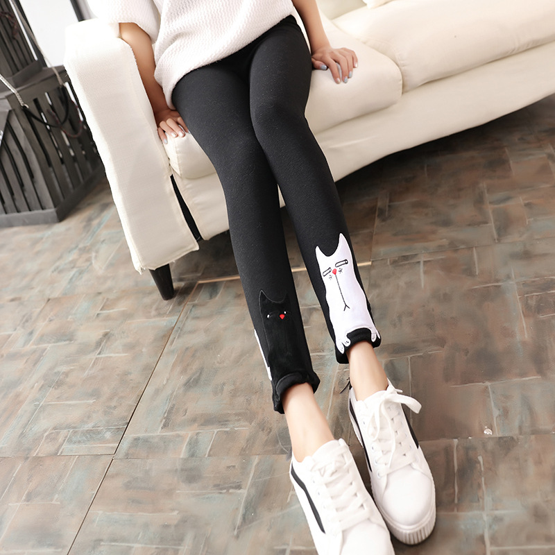Wholesale new winter plus cashmere cashmere is not inverted black and white cat cartoon pants slim