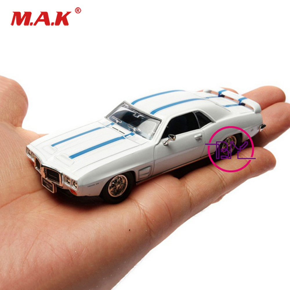 With box models of cars 1:43 Alloy Diecast Car Convertible Vehicles 1/43 Classic Diecast Plastic Car Model Kids Toy