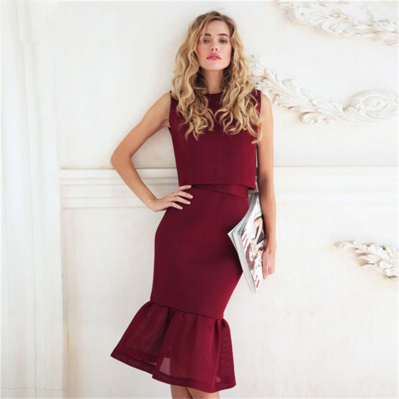 Женская платья с хвостом