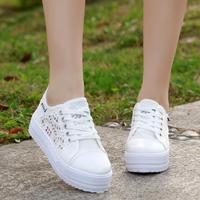 2018 New Lace Canvas Shoes White High Platform Sneakers Women Casual Shoes Hollow Floral Print Breathable