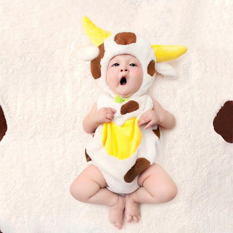 Новорожденный фотографии Симпатичные коровы шляпа + ползунки + подушка + Одеяло реквизит наряды детские для маленьких мальчиков девочек Фла... ...