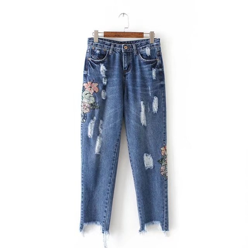 Vintage Women Jeans Fashion Hole Ripped Women Floral Embroidery Jeans Mid Waist Harem Pants Female Trousers Blue Denim Pants 2017 fashion women jeans retro style floral embroidery ripped hole denim pencil pants vintage mid waist ankle length trousers