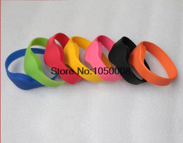 100pcs/lot 13.56Mhz RFID wristband silicone electronic bracelets wrist band NFC smart MF 1K S50 for access control 10pcs lot 13 56mhz rfid wristband silicone electronic bracelets wrist band nfc smart mf 1k s50