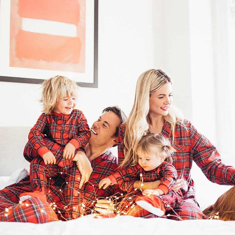 Familia coincidentes trajes Madre Padre hija hijo pijamas de Navidad pijamas conjunto de Navidad cuadros ropa de dormir pijamas de rayas Top Pantalones