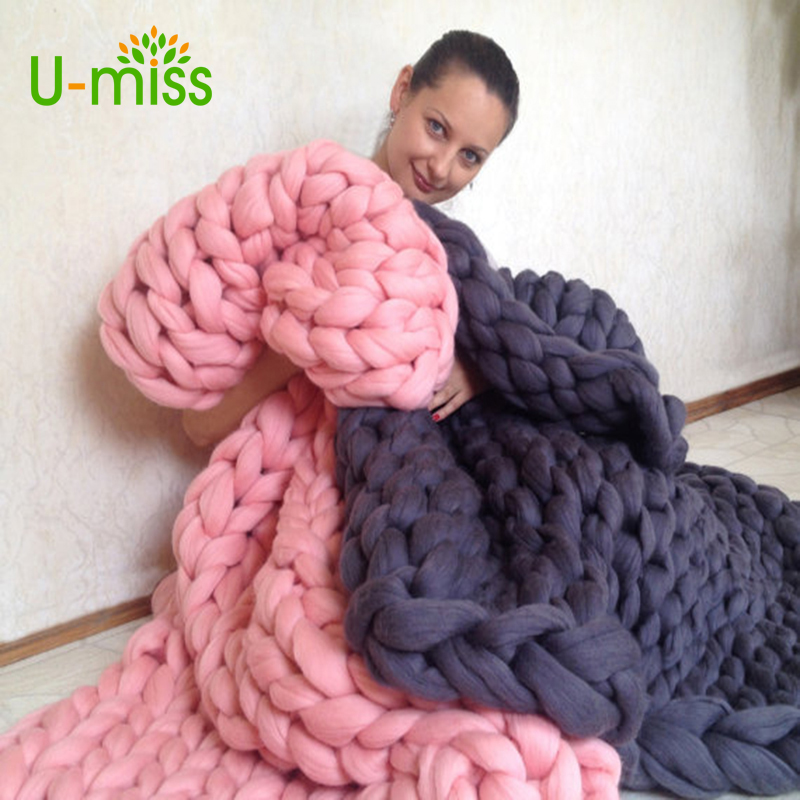 Knitting Throw Blankets Yarn Knitted Blanket Hand knitted Warm Chunky Knit Cheap Blanket Merino Soft Wool