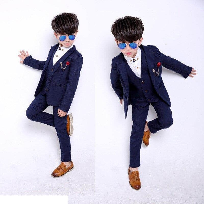 2018 new style solid color children's fashion suit jacket British wind casual boy performance performance dress suit 3pcs / set цены