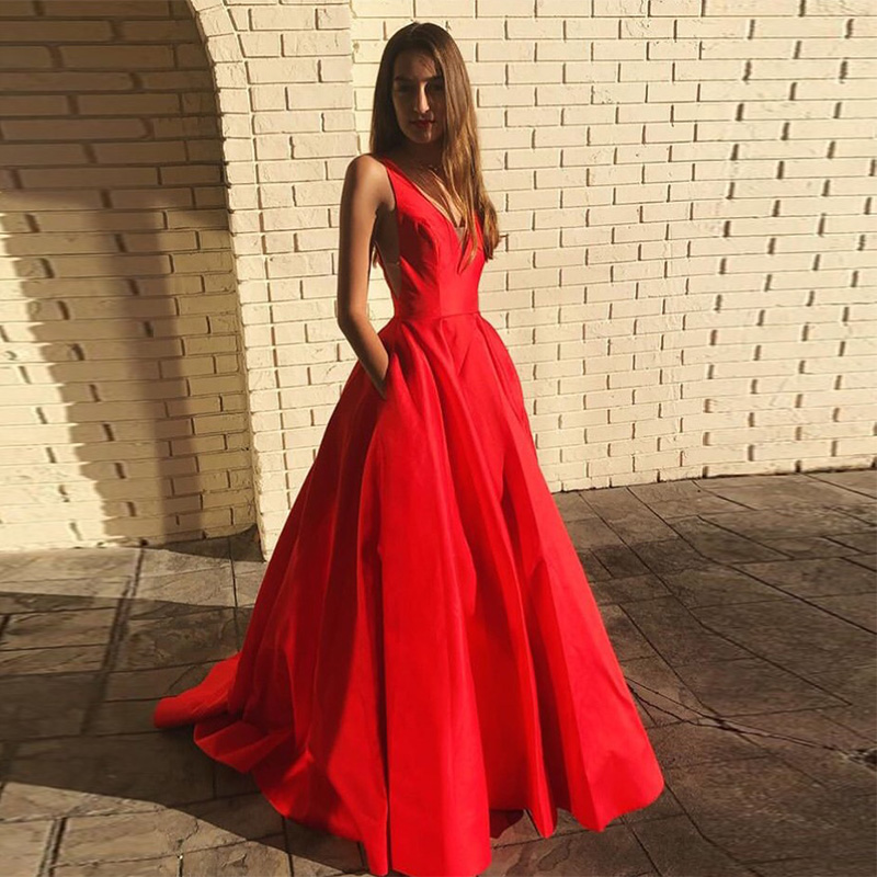 Simple V-neck   Prom     Dresses   With Pockets Sleeveless Vestidos de formal   Prom   Gowns Backless Red Satin Women Formal Party   Dresses