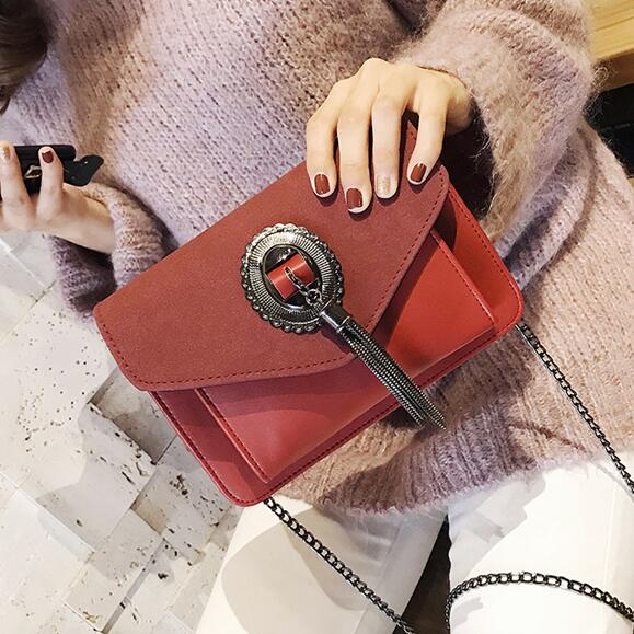 Retro Phone bag 2017 New Handbags High-quality PU Leather Women bag Stereotypes Square Scrub Tassel Shoulder bag Chain bag free shipping fashion new handbags high quality pu leather women bag british retro bucket bag lock chain shoulder female bag