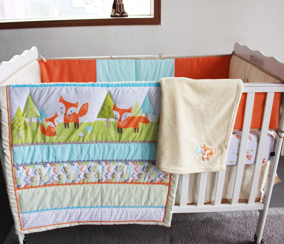 8 Pc Crib Infant Room Kids Baby Bedroom Set Nursery Bedding Brown Sport Animal Cot bedding set for newborn baby boy