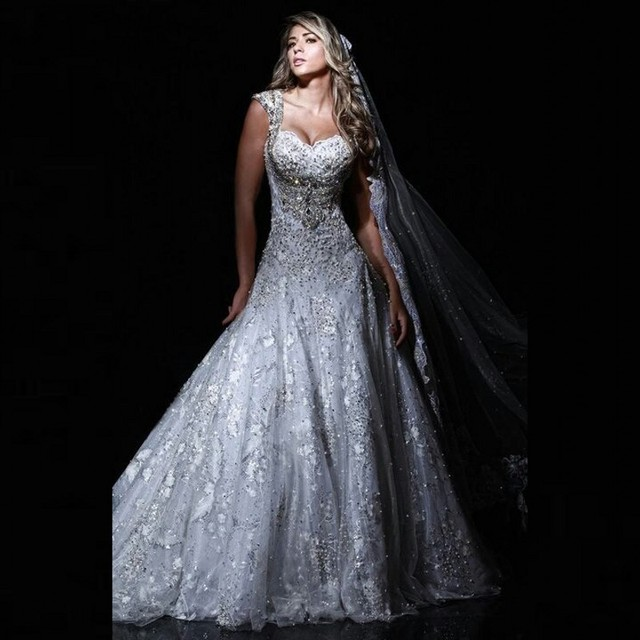 Over The Top Wedding Gowns: Luxury Lace 2016 Backless Wedding Dresses Vintage Bridal