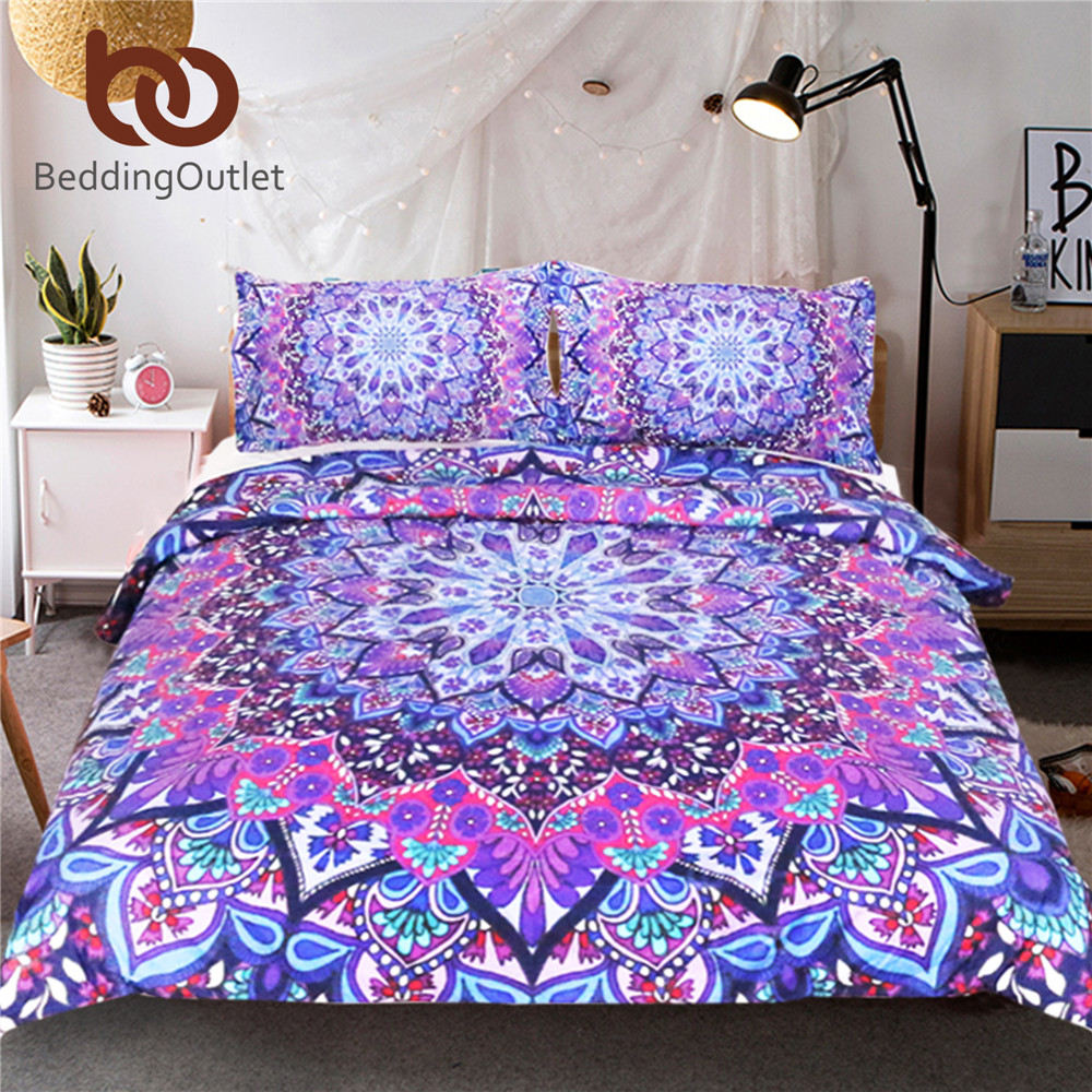 Beddingoutlet Purple Glowing Mandala Duvet Cover With