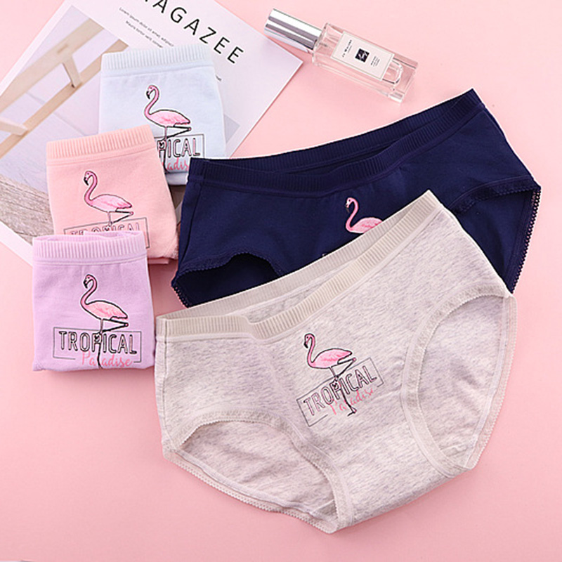 QUECOO 3pcs/lots Set Cute Sexy Flamingo Print Triangle Briefs Cotton Comfortable Breathable womens underwear panties