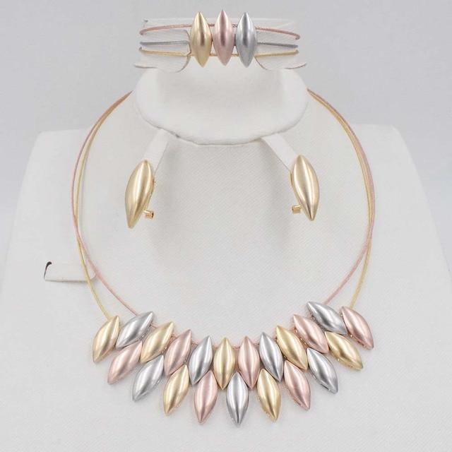 602bc19e5e391e € 22.46 42% de réduction|Livraison gratuite de mariage de perles Africain  ensemble de bijoux Dubai bijoux en or de Haute Qualité ensembles ...