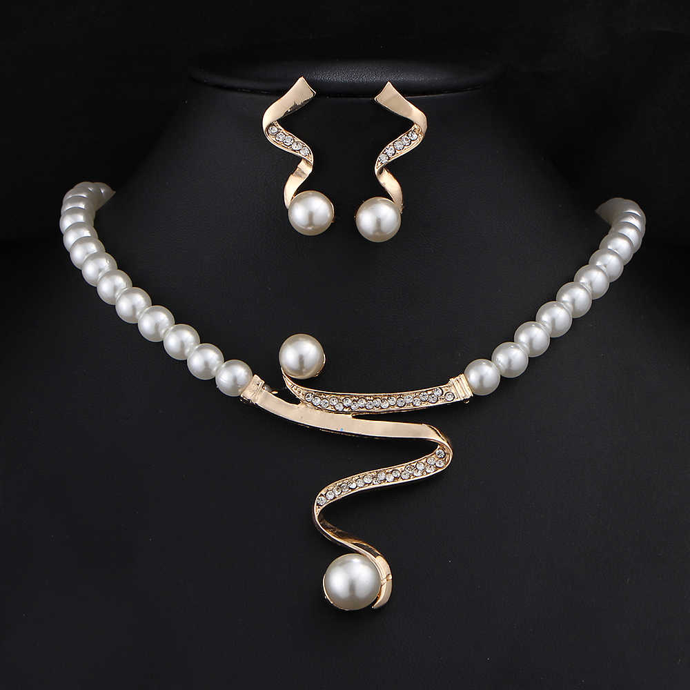 17KM Vintage Simulated Pearl Jewelry Sets For Women Wedding Bridal Crystal Necklace Earrings Gold Color Bracelet African Set