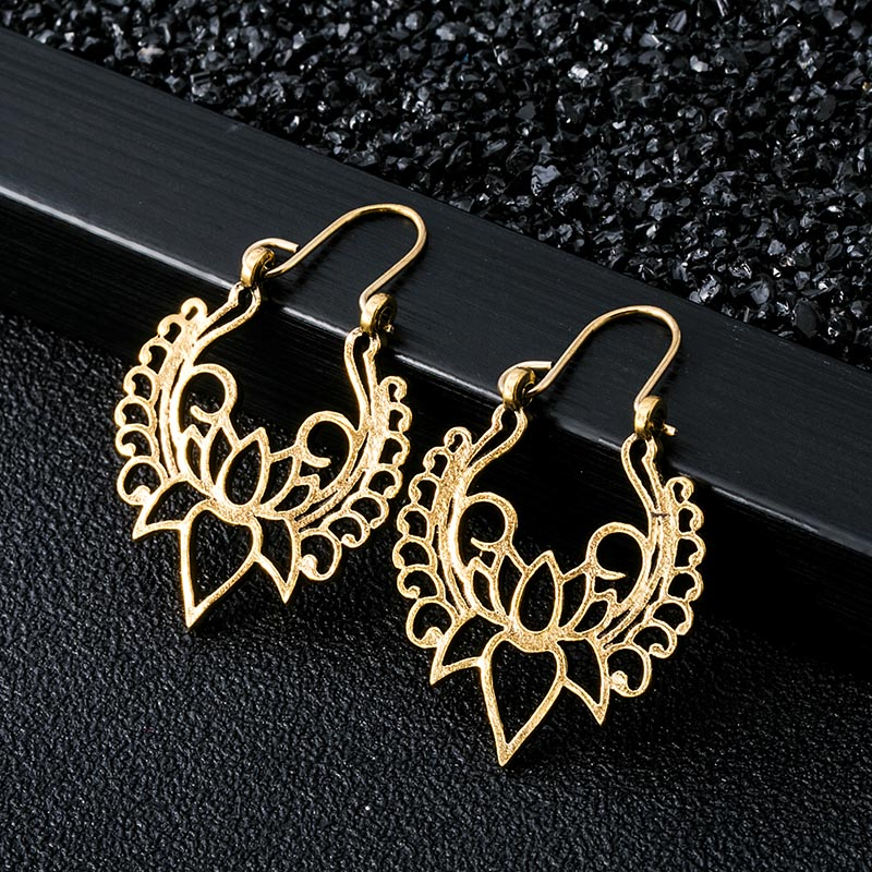 Indian Tribal Brass Dangle Drop Earring Flower For Women Ornate Swirl Gypsy Boho Vintage Jewelry EAR00C000B03B
