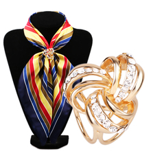 2016 New Arrival Rhinestone Garland Hoop Twine Brooch Silk Scarf Clip Buckle Holder Jewelry Gift
