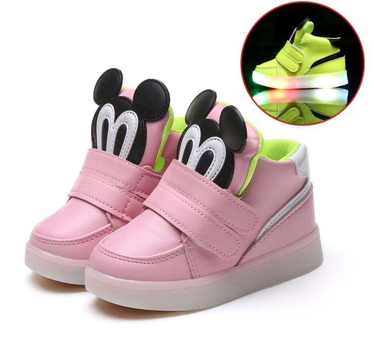 Children Casual Shoes With Light LED Boys Girls Sneakers 2020 Cartoon Flash Lighted Sport Shoes Fashion Luminous Boots
