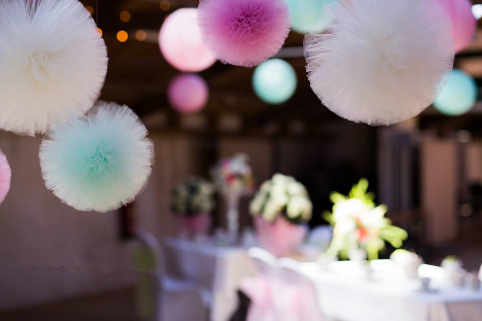 10cm/15cm/20cm/30cm Tulle pompoms Party wedding decoration tulle pom pom baby shower pink white