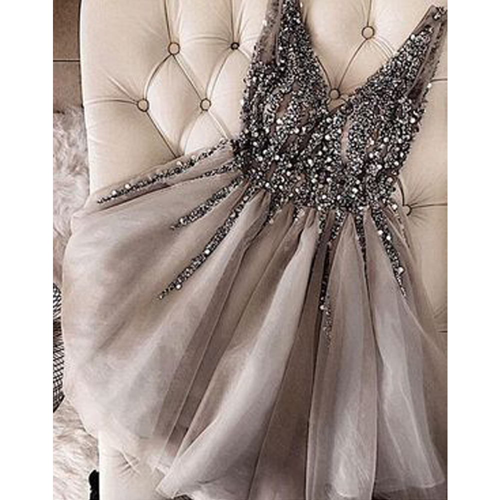 New Fashion 2019 Sexy V neck Cocktail Dress Sparkle Crystal Beaded Gray Tulle A Line Robe