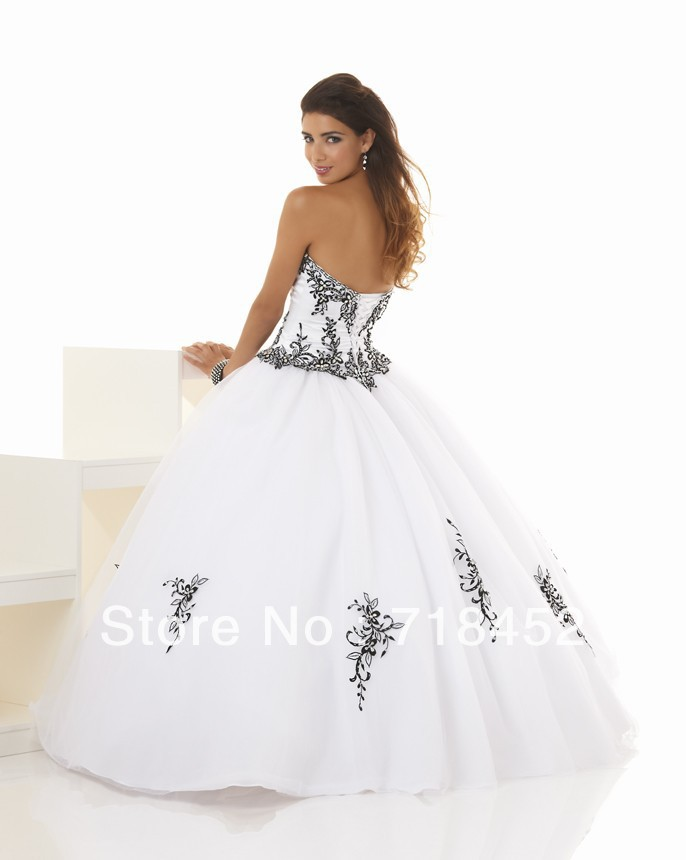 80cd094fb63 Simple Design White and Black Quinceanera Dress Organza Sweetheart  Appliques Free Shipping BN306-in Quinceanera Dresses from Weddings   Events  on ...