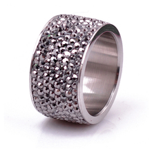 New fashion rhinestone finger ring for woman & man luxurious paragraph JET Hematite Crystal Jewelry